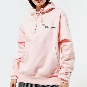 UO champion reverse weave hoodie baby pink